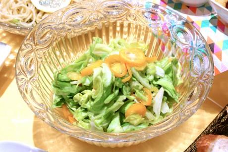 春キャベツと金柑のサラダ