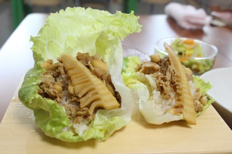 淡路レタス、レシピ、レタスのピリ辛肉そぼろ寿司